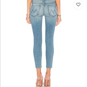 MOTHER Denim Looker Ankle Fray